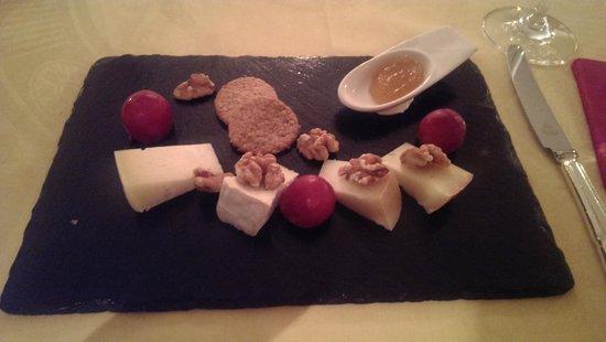 Casa Velha do Palheiro : Cheese board - half-board