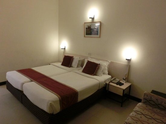 Grand Hotel Agra: 室内