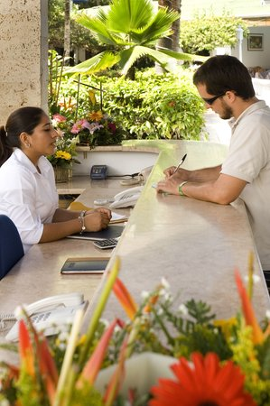 Hotel El Bosque: RECEPCION