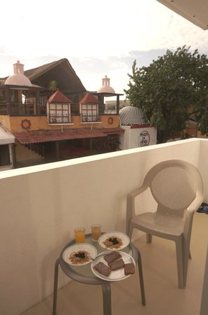 Xtudio Comfort Hotel by Xperience Hotels: Breakfast on the balcony