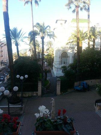 Best Western Hotel Nazionale: Vista verso il casinò di giorno