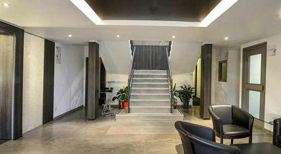 Hotel balladins Geneve/Saint-Genis Pouilly: hall principal