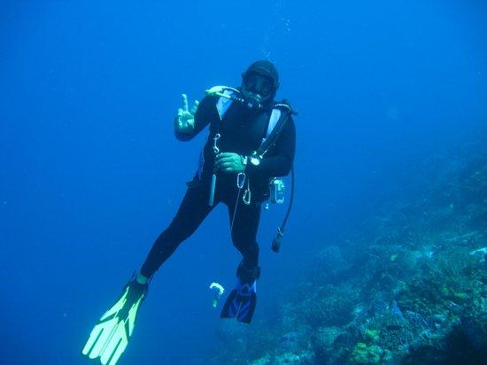 Pepe Scuba Dive Shop: Abdias the dive master