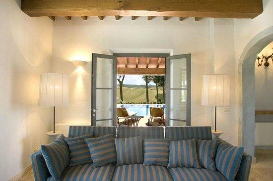 e8eff84e163 Villa Santa Virginia - living room - Picture of Fattoria Santo ...