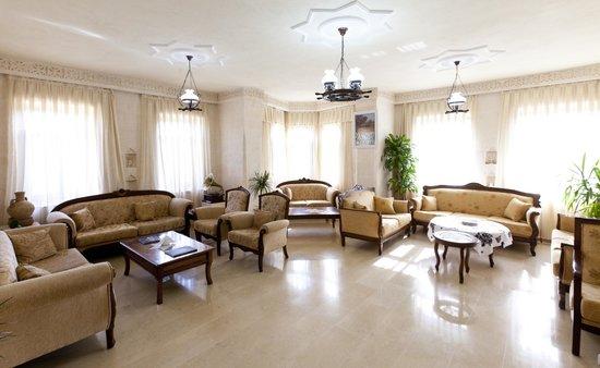 Turabdin Hotel: lobi