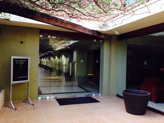 Suites Colonial : Eingang