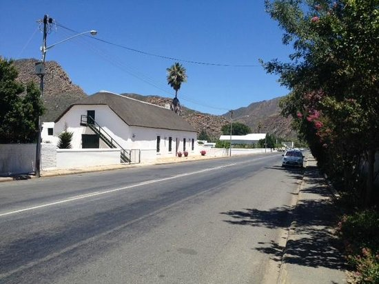 Montagu Village Market : One of the old road-side farm houses