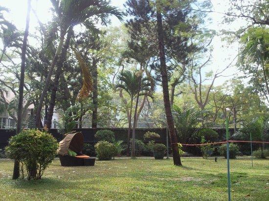 Royal Orchid Sheraton Hotel & Towers : Зона для отдыха