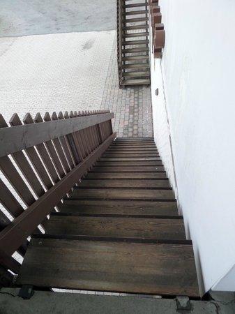 Hotel La Tour: Der Treppenaufgang zunm Zimmer (Kein Lift)