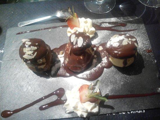 Bistrot de France : Les profiteroles au chocolat infusées à l'écorce d'orange
