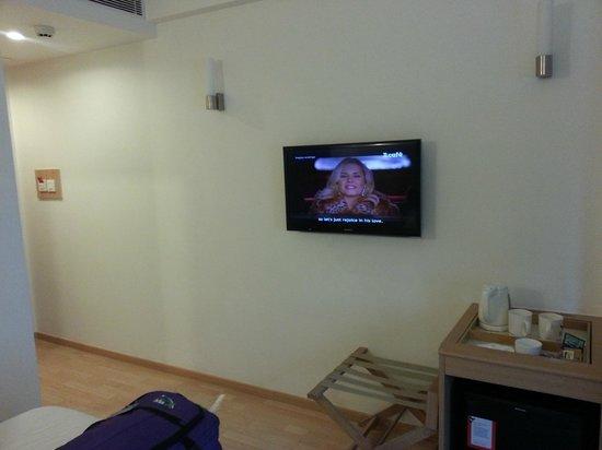 Red Fox Hotel, Delhi Airport: camera