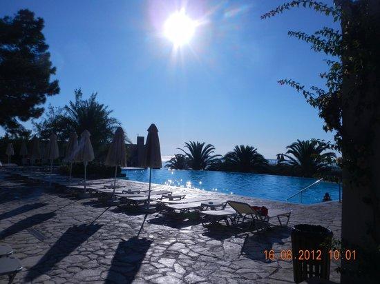 MarBella Corfu Hotel: Seawater Pool
