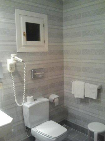 Hotel Comfort Dauro 2 : Cuarto de baño