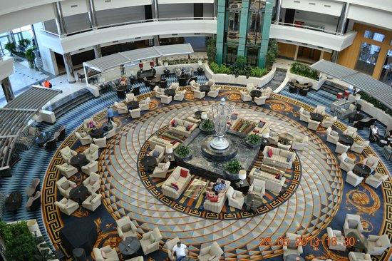 Calista Luxury Resort: хол