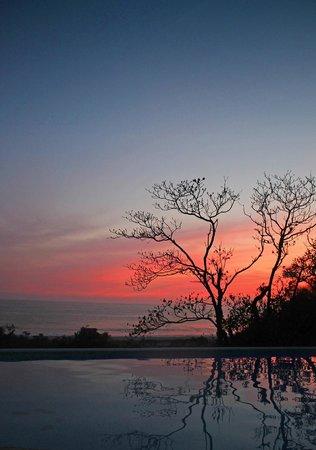 OceanoMar : Anochecer desde la albarca