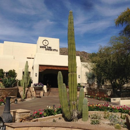 JW Marriott Scottsdale Camelback Inn Resort & Spa: from outside