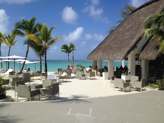 Ambre Resort & Spa: Coral bar