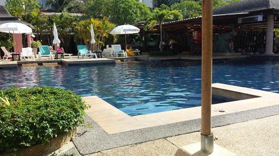 Phuket Kata Resort: Poolen