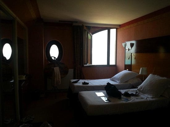 Les Tresoms, Lake and Spa Resort : Notre chambre
