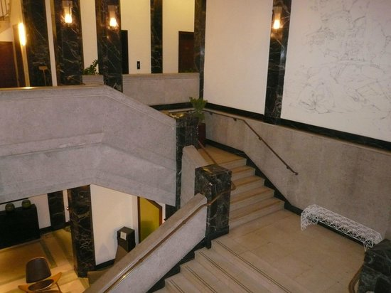 Town Hall Hotel : The stairs