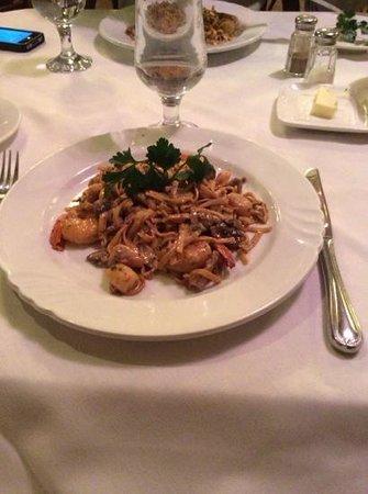 Restaurant Ermitage: nouilles aux fruits de mer
