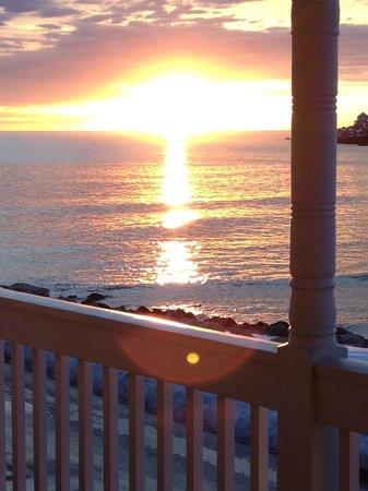 Union Bluff Hotel : Sunday Sunrise