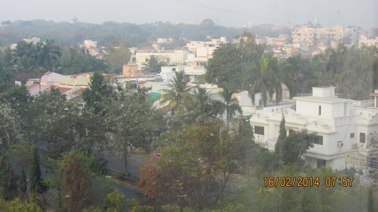 Country Inn & Suites By Carlson - Ahmedabad: View from the room
