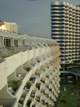 Royal Cliff Beach Terrace: Beach Terrace hotel