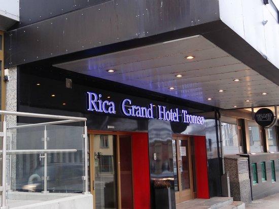 Scandic Grand Tromso: Entrada hotel