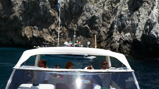 You Know! - Boat Excursions & Service: Rumbo a Capri. You Know!