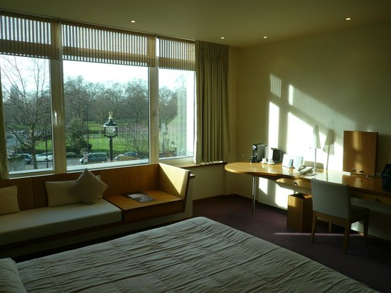 COMO Metropolitan London : My Room