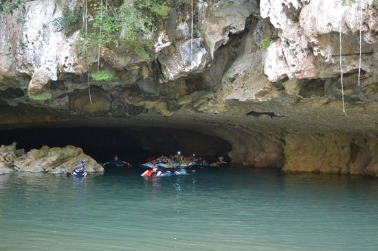 Rumors Resort: Cave tubing at Jaguar Paw (avoid cruise ship days-Tuesday/Wednesday/Thursday)