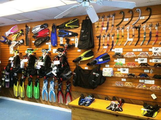 Looe Key Dive Center : We have everything you need to make your vacation perfection in our fully stocked dive shop!