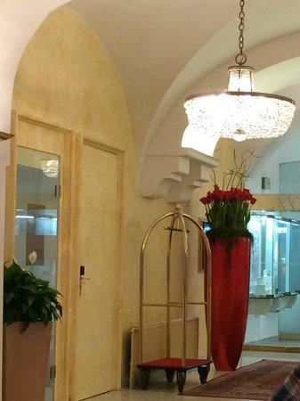 Palais Hotel Erzherzog Johann : Eingang