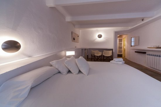 971 Hotel