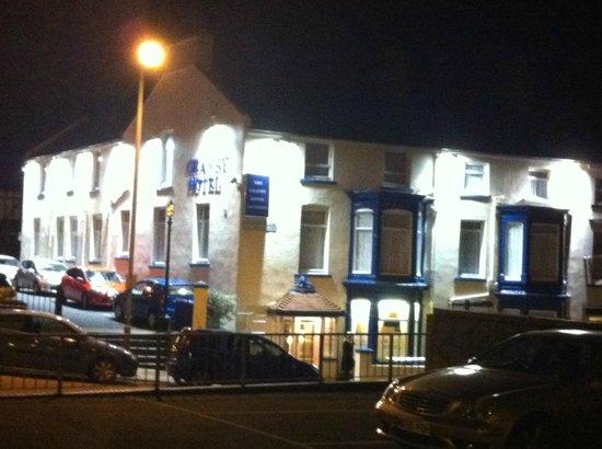 Granby Hotel: Granby at Night