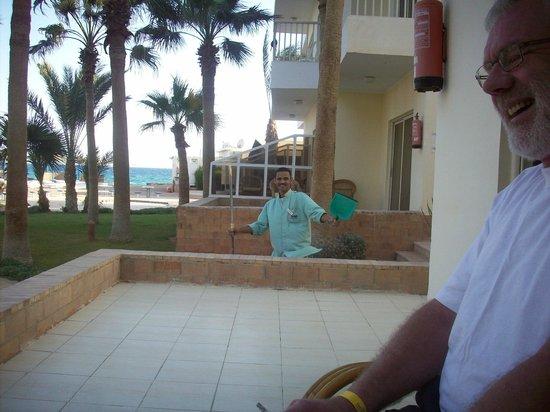 Triton Empire Beach Resort: rengørings dreng