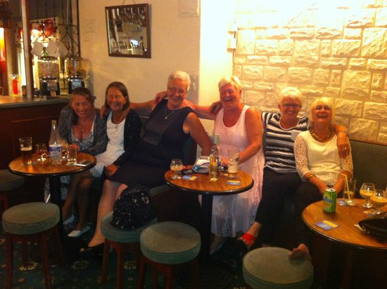 Granby Hotel: Fun in the Bar