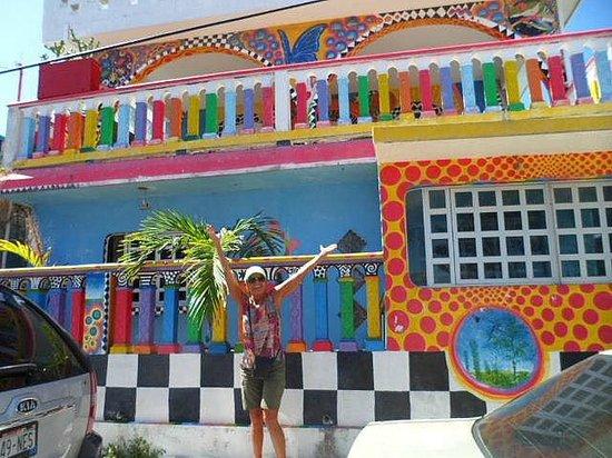 Crayola House: We found it!!