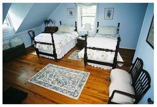 Inman Park Bed and Breakfast: The South Room