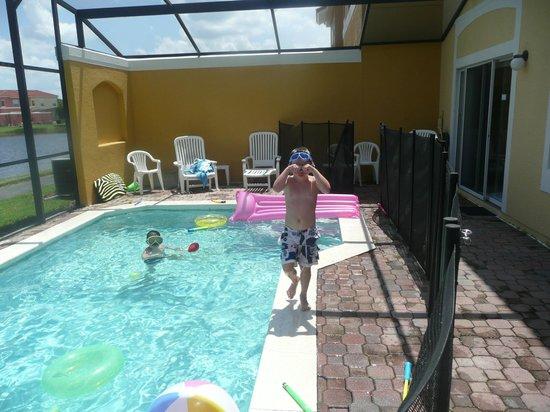Terra Verde Resort: villa pool