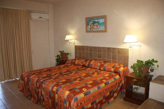 ARENAS DEL PACIFICO: habitación con cama king size