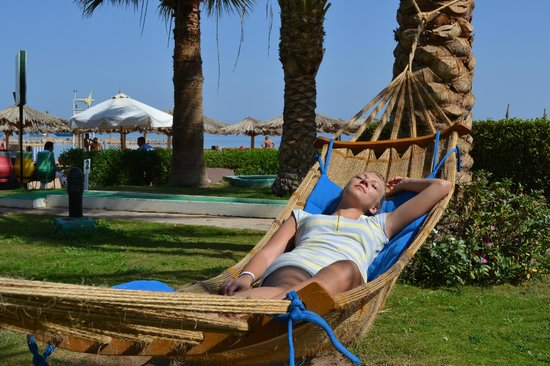 Hilton Hurghada Plaza: At the beach