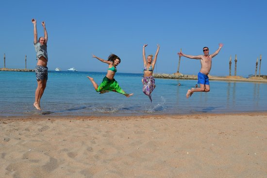 Hilton Hurghada Plaza: Having fun at the sea