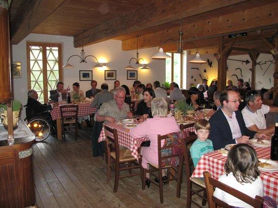 Farmhouse La Chiusa: Pranzo di matrimonio nell'agriturismo