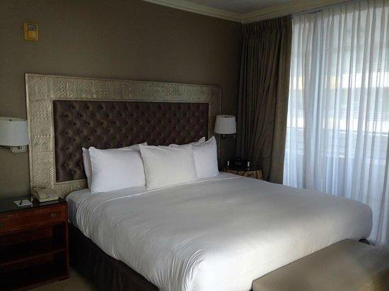 Hilton Bentley Miami/South Beach: Bed