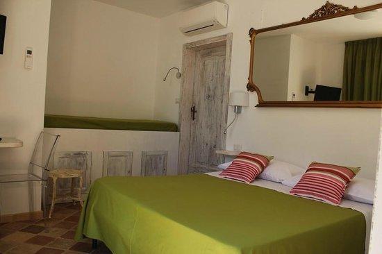 Camera in stile Shabby Chic - Picture of Villa Cri Cri B&B di ...
