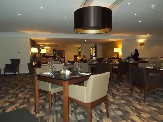 Best Western Plus Samlesbury Hotel: Dining room