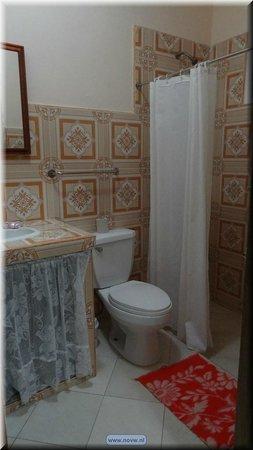 Odalys Perez y Manolo: bathroom