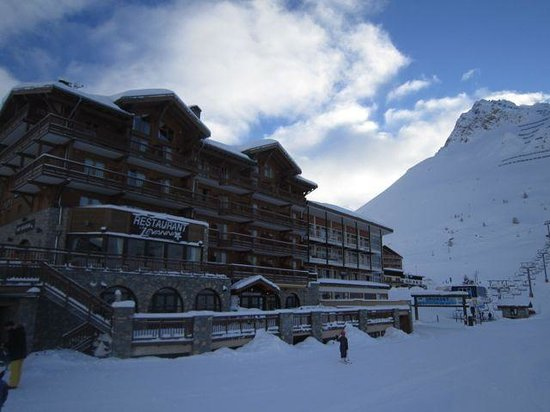 Hotel Levanna - Ski-in, Ski-out!